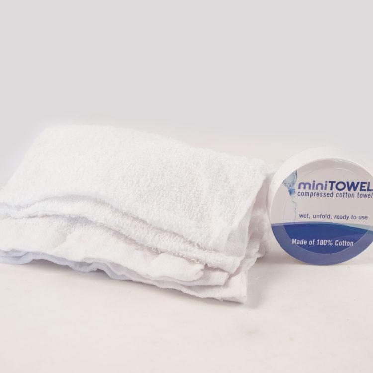 Minitower handdoek gewouwen